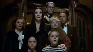 La Famille Addams - Bande annonce VO - 1991