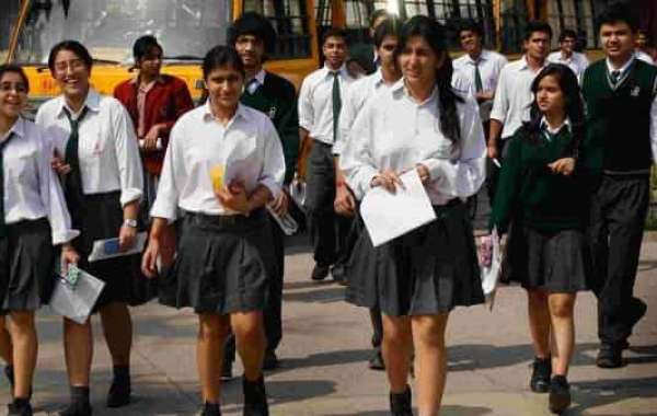 CBSE to reduce syllabus by 30% for classes 9-12 amid Covid-19